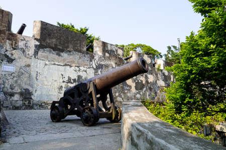 マカオ、中国の古いポルトガル語ギア丘ギア要塞
