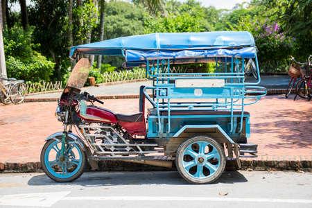 tuktuk: Tuk-Tuk, Luang Prabang, Laos.