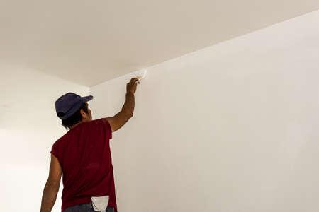 steeplejack: Workers are painted
