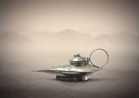 lampada magica: Lampada magica in un deserto