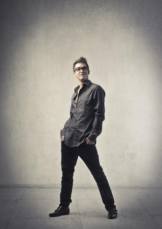 cuerpo hombre: Apuesto joven elegante Foto de archivo