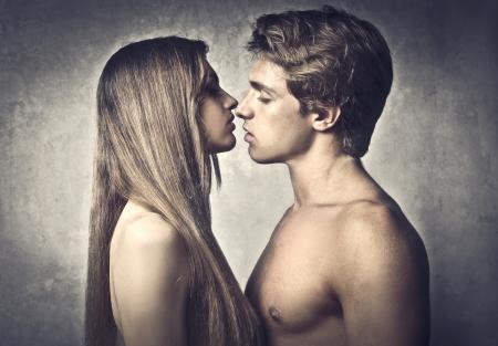 sexo pareja joven: Hace un par de desnudos s joven amante Foto de archivo