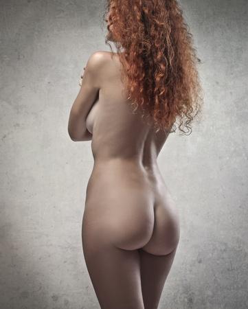 personas desnudas: Belleza roja en la parte posterior Foto de archivo