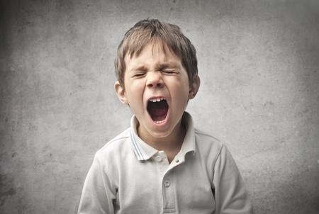 bambino che piange: Bambino urlante