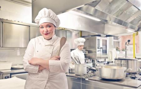 kitchen restaurant: head chef in the kitchen