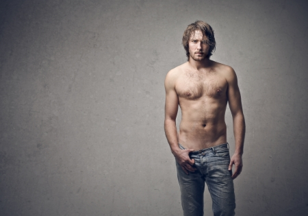 naked man: hombre joven y guapo Foto de archivo