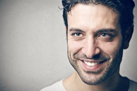 visage homme: Portrait d'un homme heureux