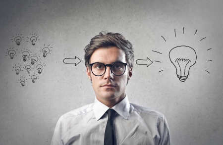 mente: joven empresario tiene una idea Foto de archivo