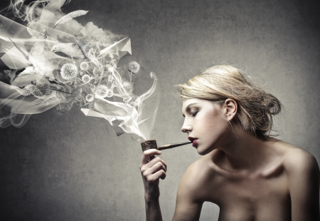 3d nude: beautiful blonde woman smokes a pipe