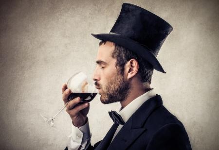 ruch: rich man drinking wine