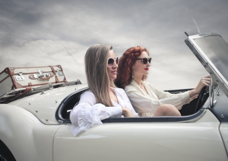 mujeres hermosas: mujeres hermosas en un viaje