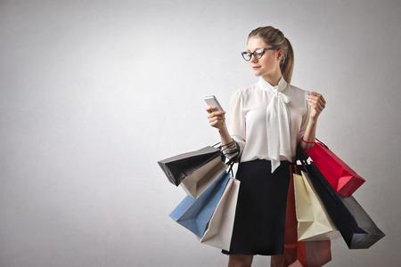 chicas comprando: compras ni�a