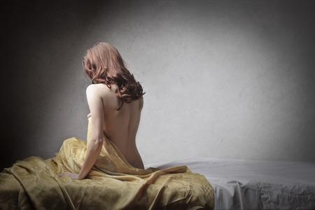 mujer sexy desnuda: bonita mujer
