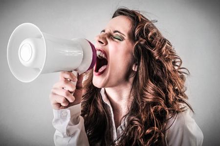 screaming girl: screaming girl