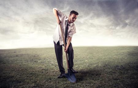 Digging deeper Standard-Bild