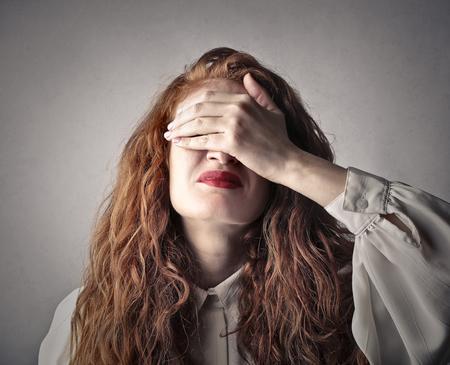err: Desperate woman