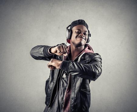 garcon africain: Musique Banque d'images