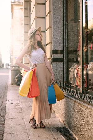 faire les courses: Fen�tre de magasinage Banque d'images