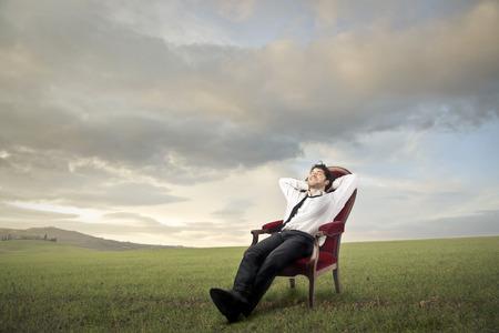 field work: Relaxed businessman