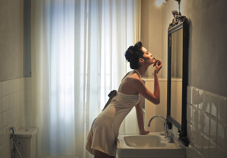 the lipstick: Inside the bathroom