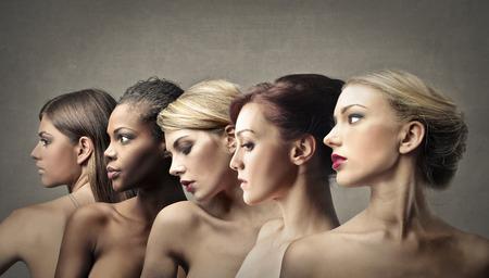 mujeres jovenes desnudas: Mujeres Foto de archivo