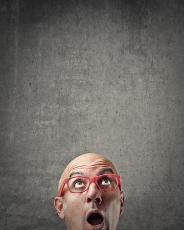 stupor: Shocked businessman