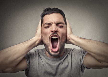 misery: Screaming man