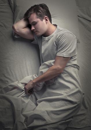 gente durmiendo: Hombre durmiente Foto de archivo