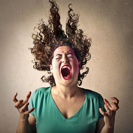 woedende vrouw