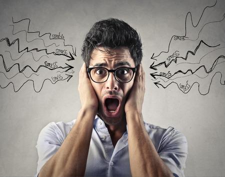 ruido: Hombre estresado Foto de archivo