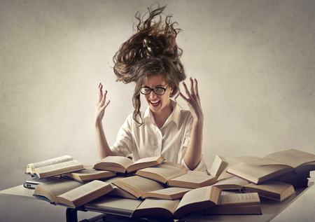 desperate woman trying to read books