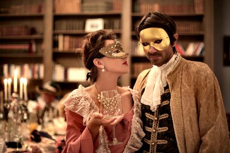L'homme et la femme à la fête Banque d'images