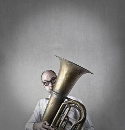 trombon: tromb�n hombre de juego