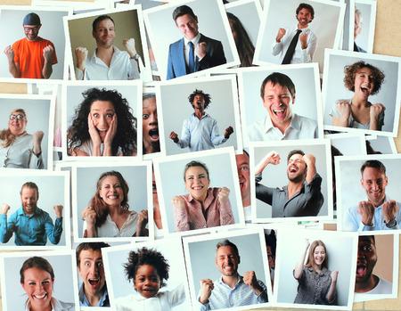 歓喜の人々 の写真