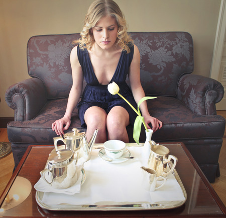 couch: An elegant breakfast for the beautiful woman