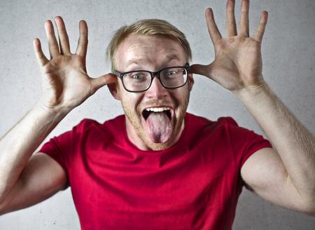 Homem, fazendo, engraçado, expressão Foto de archivo - 94572978