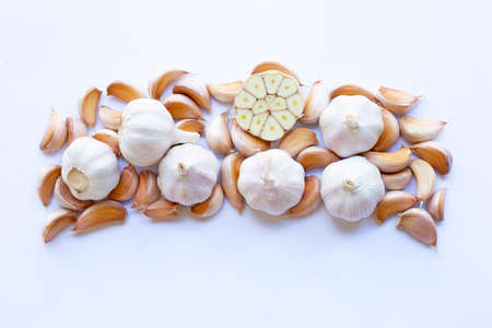 Garlic on white background. Top view 版權商用圖片