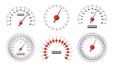 Pack de compteur de vitesse réaliste isolé sur fond blanc. Compteur kilométrique de voiture de sport avec échelle de mesure de miles de moteur. Compteur de vitesse de course. Modèle de concept de puissance de moteur. Illustration vectorielle