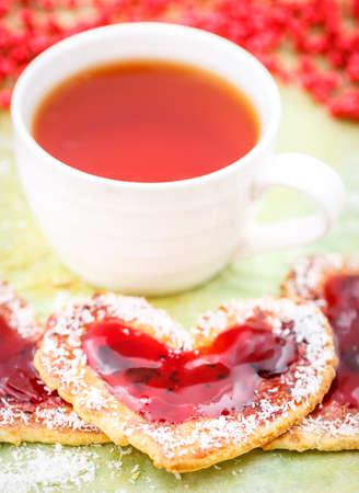 jam biscuits: Heart biscuits with jam