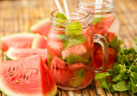 watermelon juice: Detox water with watermelon and mint