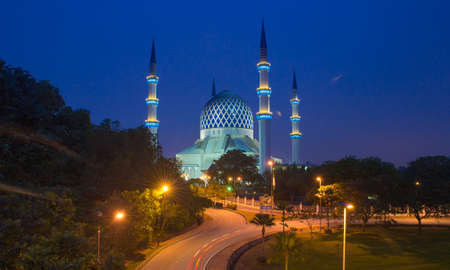shah: Shah Alam mosque at blue hour