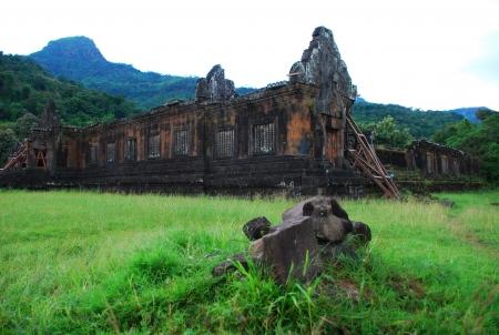 Ancient-Khmer ruins of Wat Phou Stock Photo