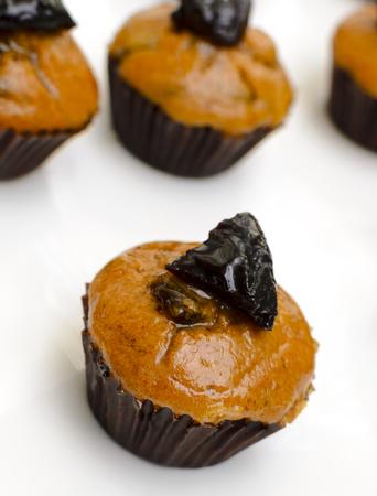 pruneau: prune muffins cupcake