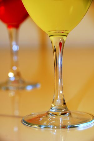 barware: Celebrate with Drinks in Wine Glasses