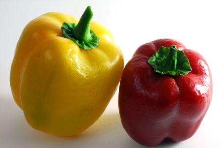 赤と黄色の色のピーマン 写真素材