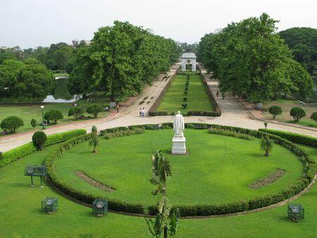 historians: Victoria Memorial Building Garden