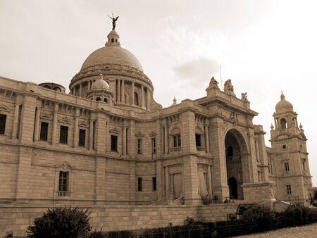 historians: Victoria Memorial Building in Kolkata India. A famous tourist attraction