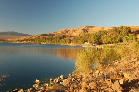 Castaic Lake in Los Angeles,California