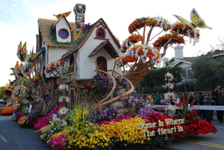 PASADENA, CAUSA - JANUARY 1: Home is where the heart is float at the 122nd tournament of roses Rose Parade on January 1 2011 in Pasadena California