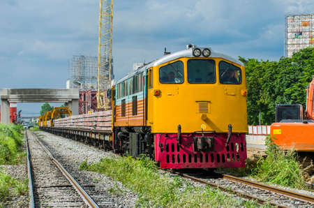 sleepers: Freight trains concrete sleepers